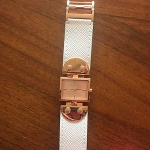 Michael Kors Watch - Rose gold colored/White band